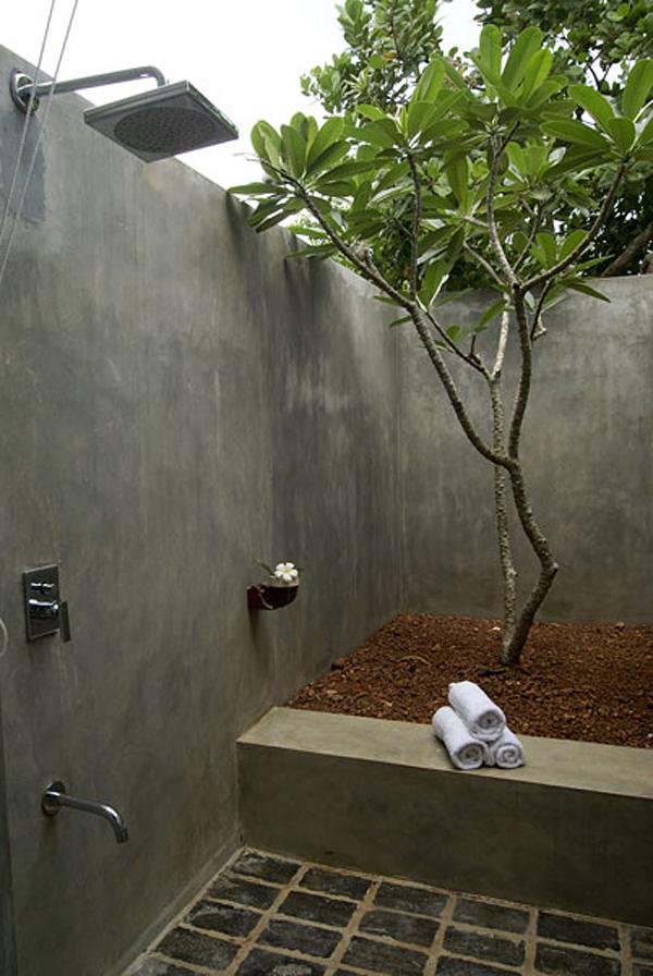 diy backyard shower