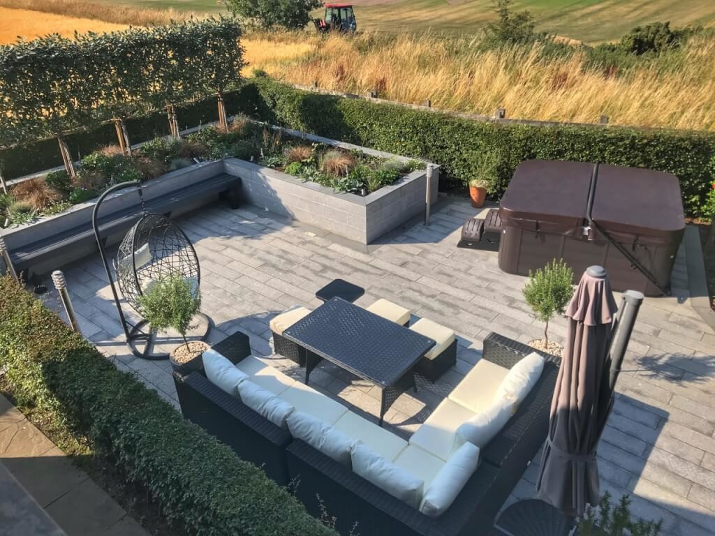 With room to entertain both friends and family, this outdoor living  space has it all