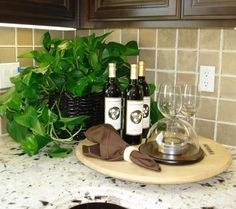 10 Tips for Staging Kitchens and Dining Spaces