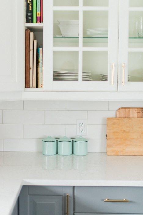 White on White More Quartz Backsplash, Kitchen