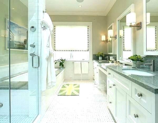 royal blue bathroom rugs and gold decor