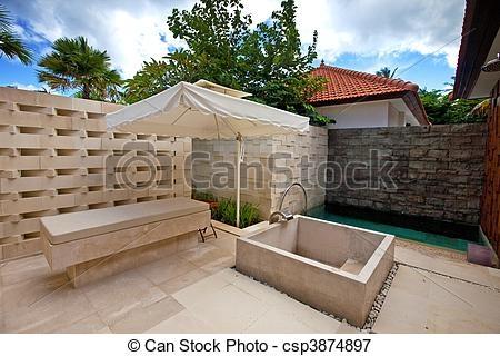 Xandari Pearl: Outdoor shower area