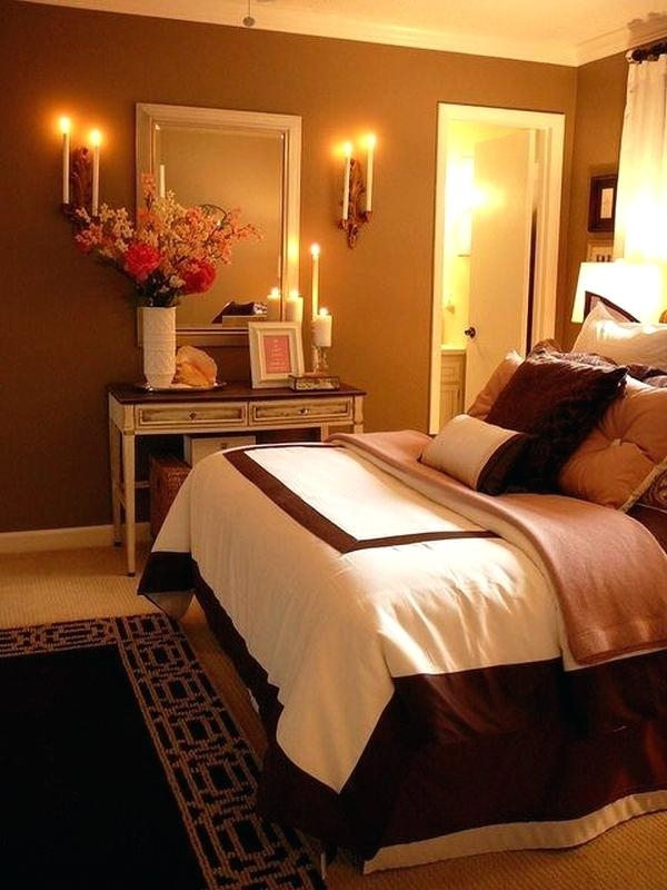 romantic bedrooms with roses and  candles