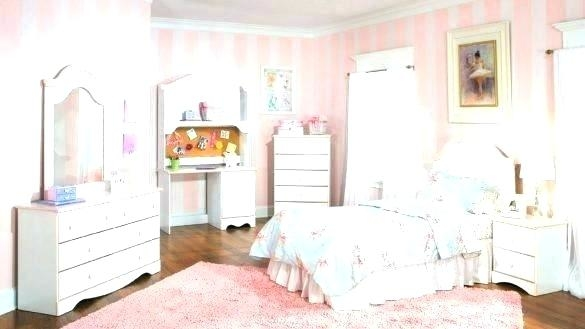 little girl small bedroom ideas little girls bedroom decorating with light room colors and fabrics bailey