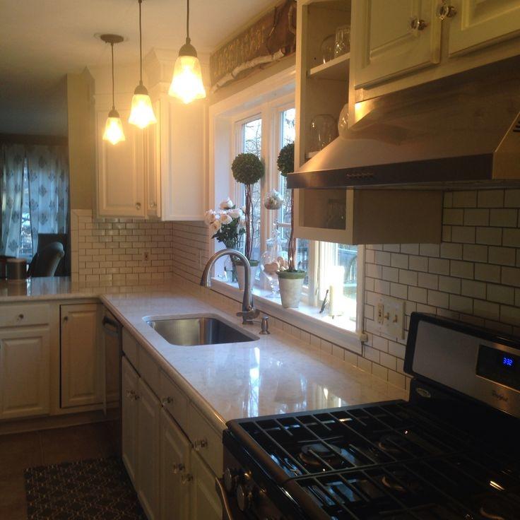 kitchen backsplash quartz countertops
