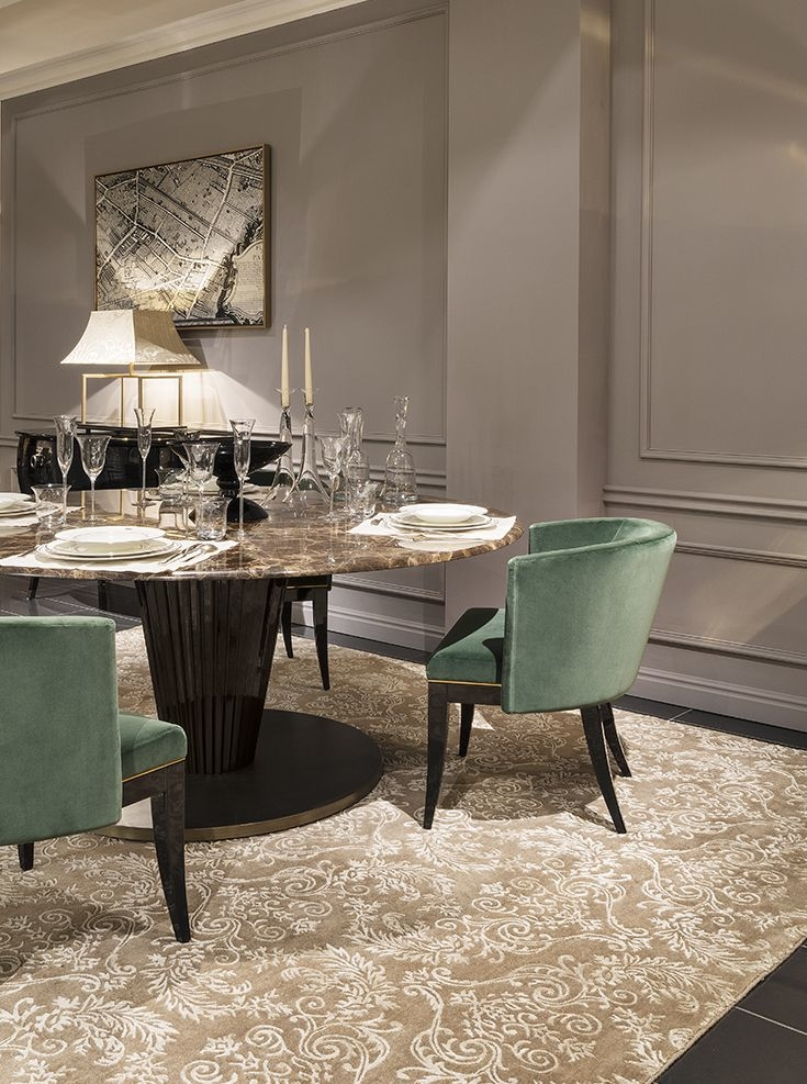 """In the National Palace of Pena, through to 8 October, on display in the Dining Room is the exhibition """"Design, a Royal Table Innovation"""", which seeks to"""