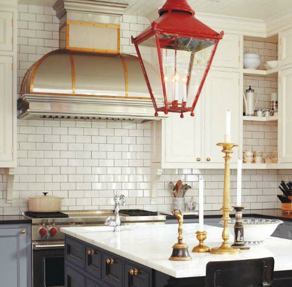 Find inspiration for your own tiny house with small kitchen space ideas