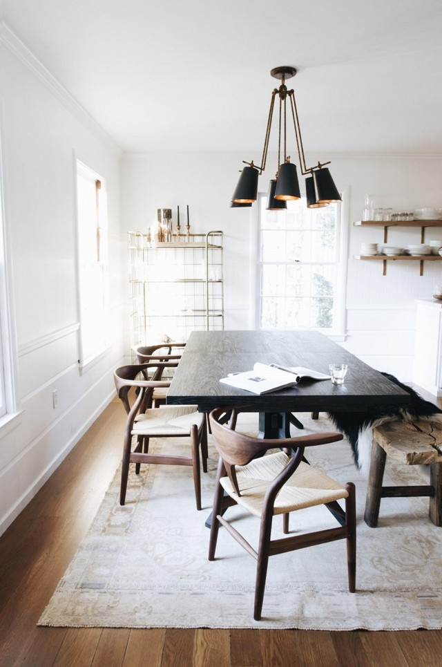 Dining Chair Black Hans Wegner Wishbone Chair White Setting