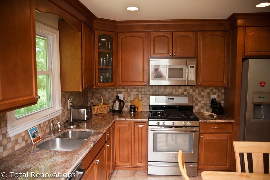 kitchen designs for split level homes bi level kitchen renovations split level kitchen remodel before and