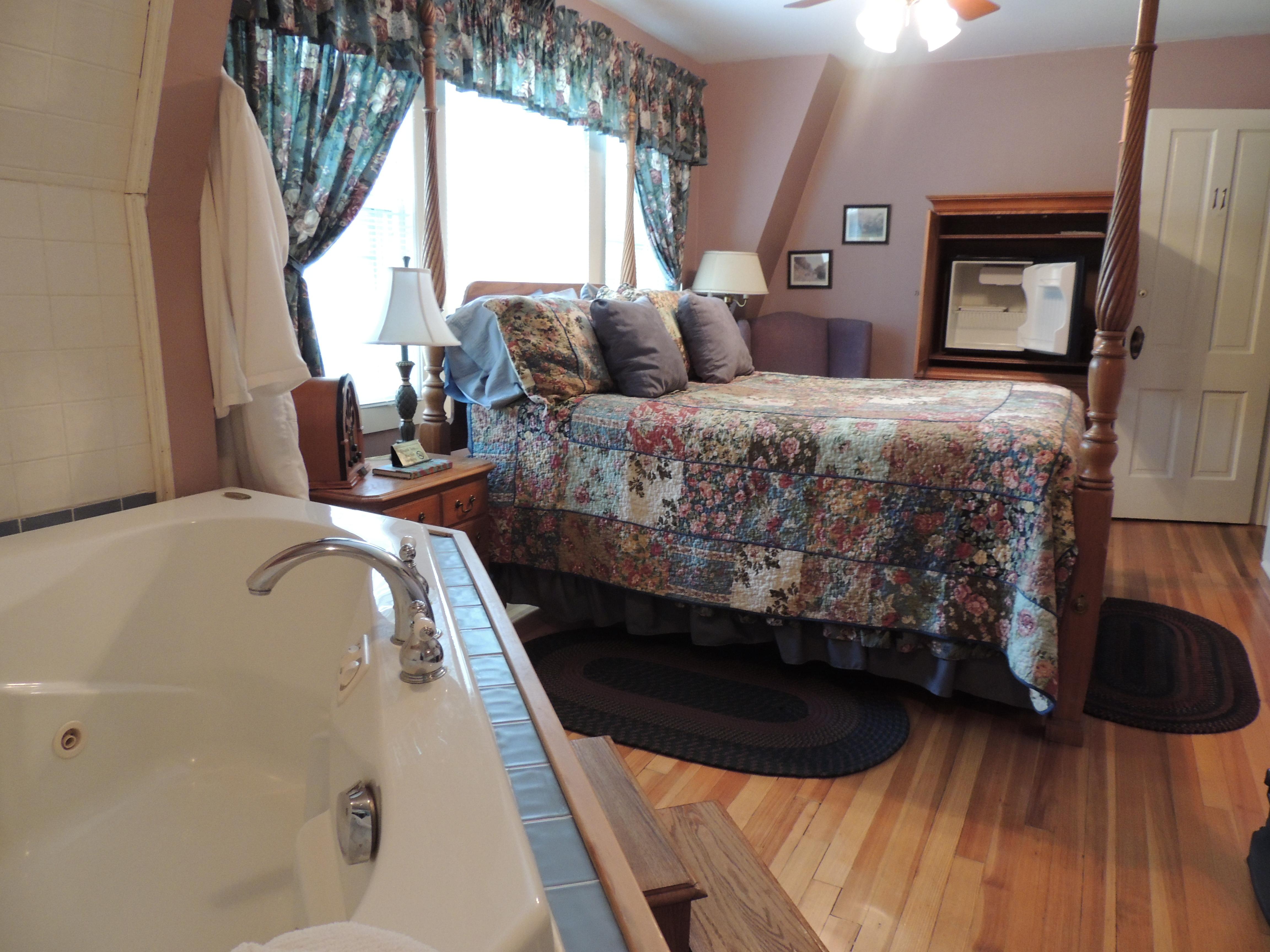 homey design queen bedroom set rooms in victorian bed comforter sets