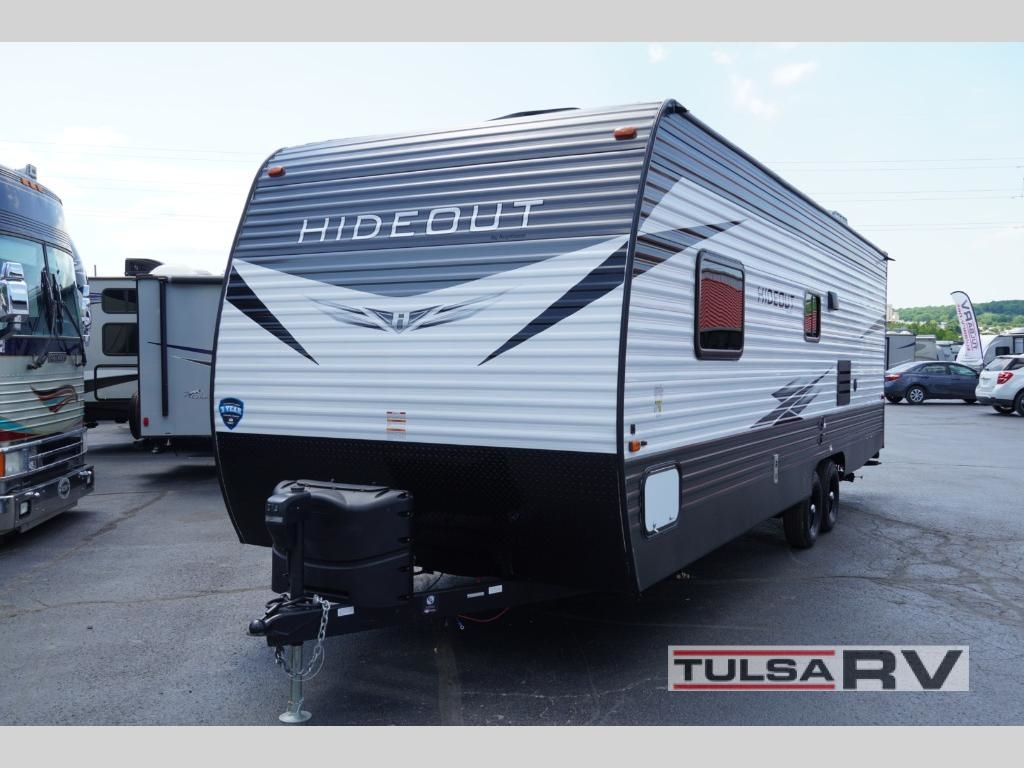 "2017 Keystone Premier 22RBPR This 26' 4"" long RV has a dry weight of  4,827lbs which makes towing a cinch! The outdoor shower is a great place to  get"