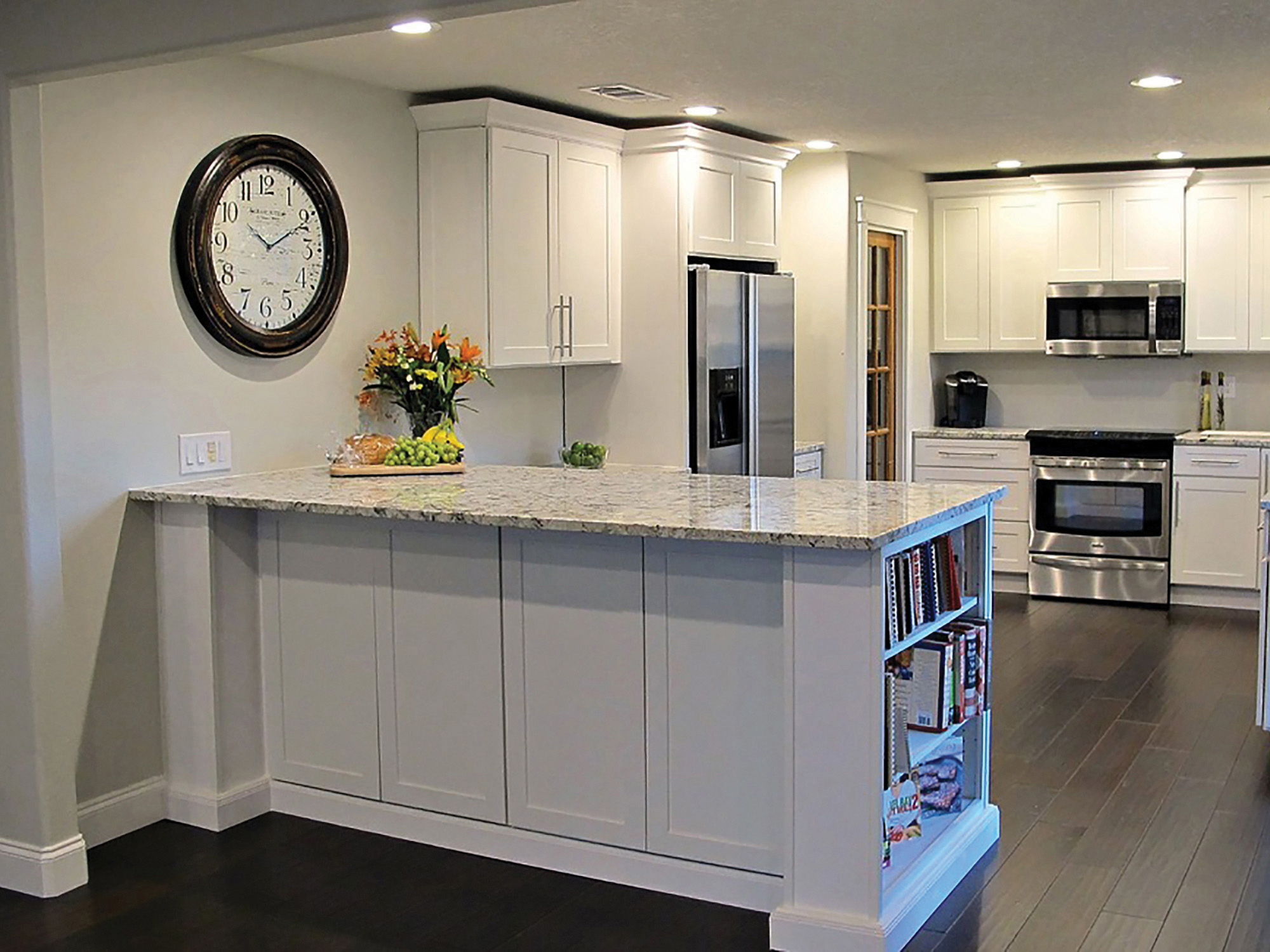 backsplash with white cabinets and granite brilliant white cabinets granite  kitchen top kitchen renovation ideas with